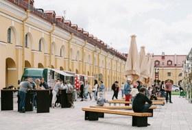 Как устроено общественное пространство во дворе Никольских рядов