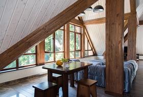 Апартаменты в стиле альпийского шале в современной интерпретации на Красной поляне