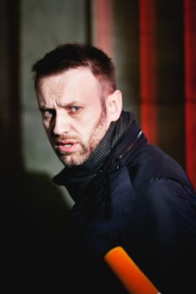 «Ячувствую себя свободным человеком»— Алексей Навальный после суда, где его приговорили почти ктрем годам колонии