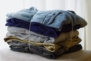 Куда сдать ненужную одежду, технику икниги в Москве