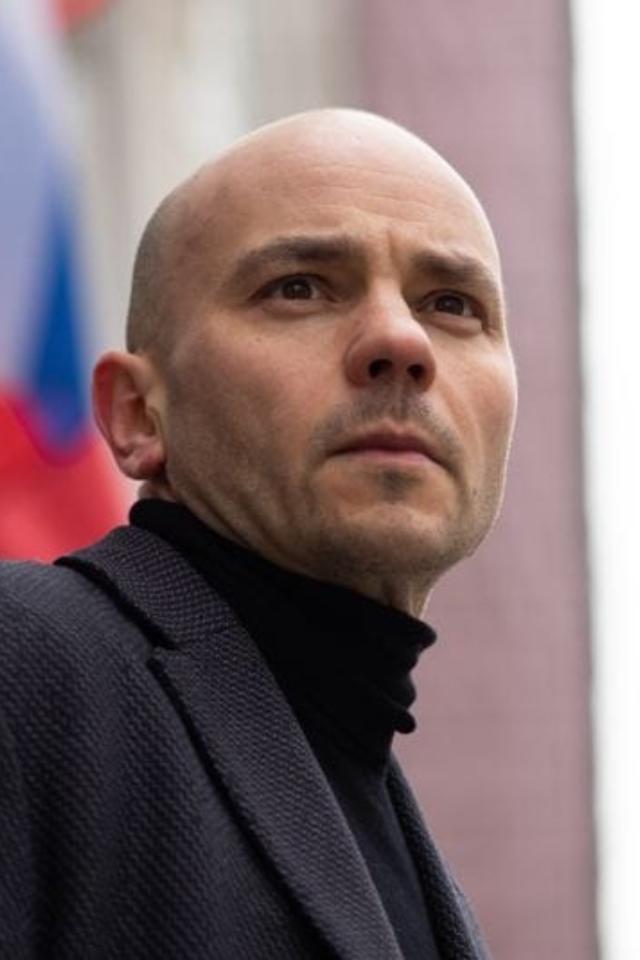 Суд на два месяца арестовал бывшего директора «Открытки» Андрея Пивоварова