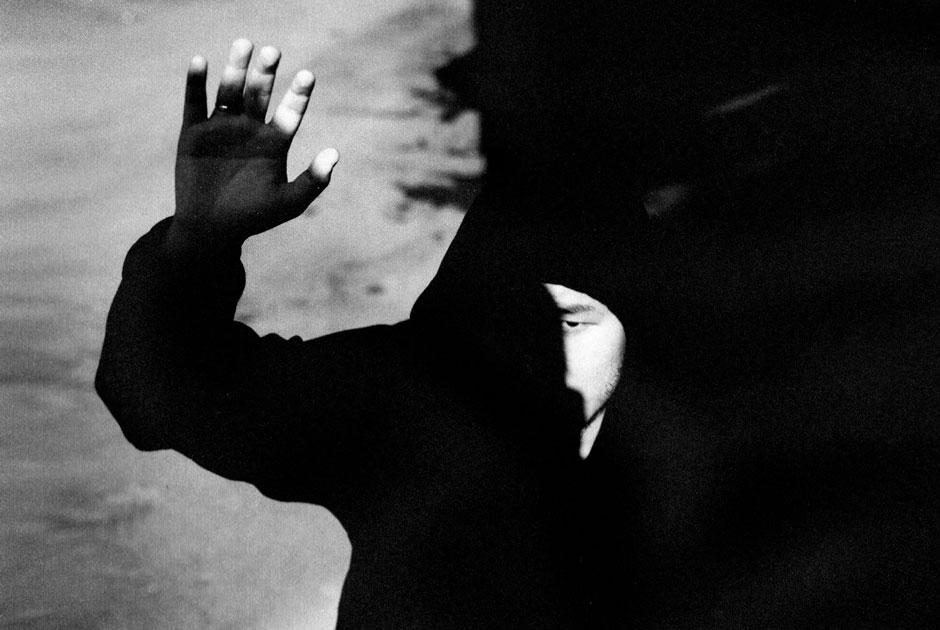 Эпичный клип Айсултана Сеитова на песню «масла черного тмина»