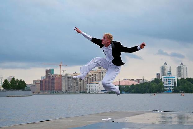 Перформанс на терке, проекции и вог в коворкинге: Что смотреть на Дне танца в Екатеринбурге