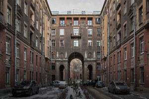 Я живу вТолстовском доме (Петербург)