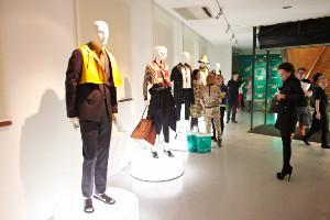 Хроники Marni: покупатели новой линии H&M
