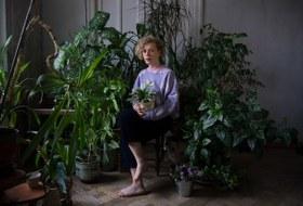 Зов джунглей: Как горожане превращают квартиры в сады