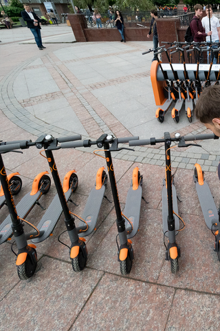 Сколько раз москвичи каталисьна электросамокатах сначала года