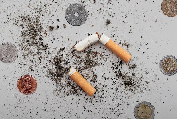 где купить сигареты в 16 лет
