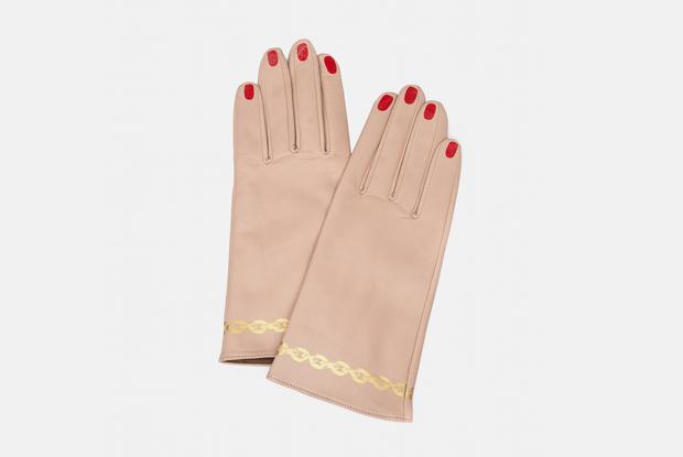 Перчатки: Главный аксессуар этого лета, который теперь обязаны носить все