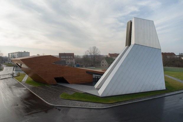 15 лучших новых общественных зданий России