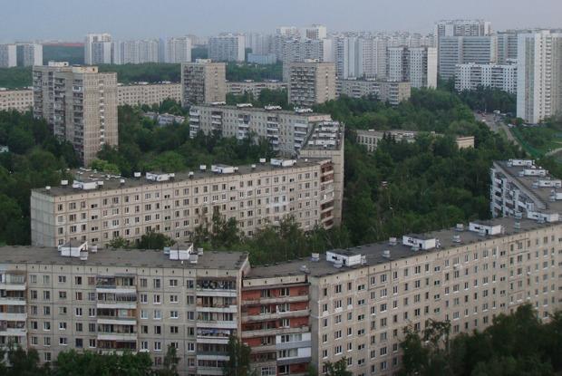 «Если замной следят, ябуду прятаться»: Как коронавирус спровоцировал войну соседей