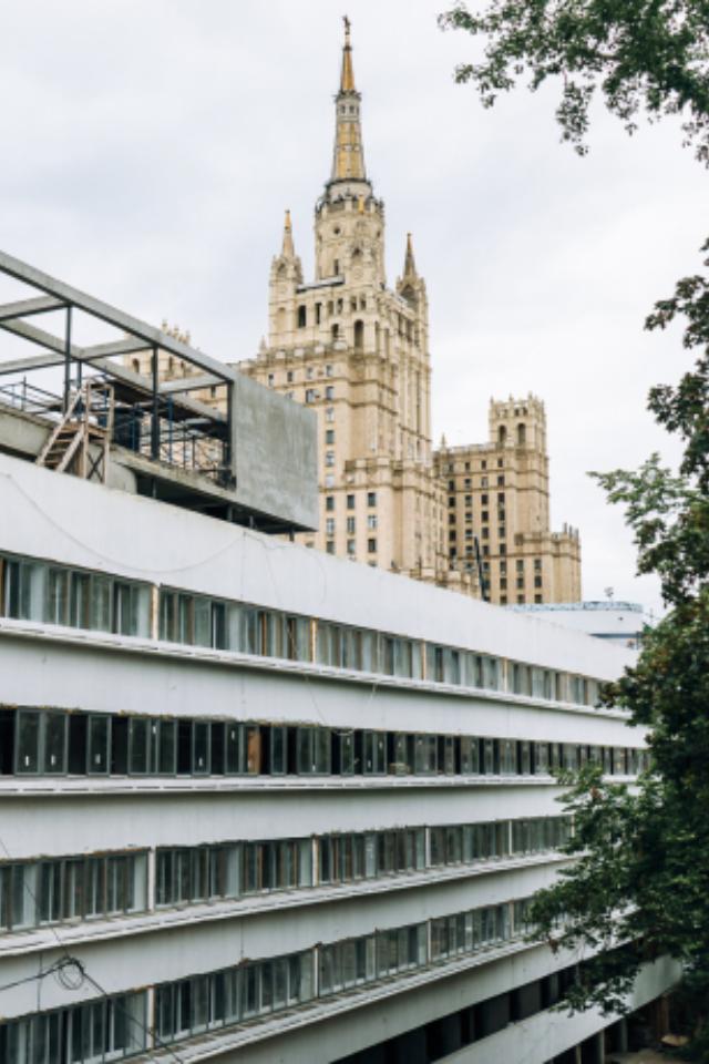 «Москва глазами инженера» возобновляет экскурсию сThe Village про жилье XXвека