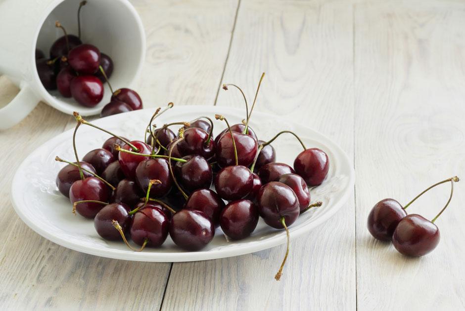 Черешня, персики ивишня: Что покупать нарынке виюне