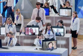 Голунов, шаурма и DDoS-атаки: Чем запомнилась прямая линия Путина
