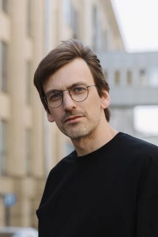 Композитор Игорь Яковенко идругие артисты делятся плейлистами для прогулок поМоскве в нашем проекте «Музыка районов»