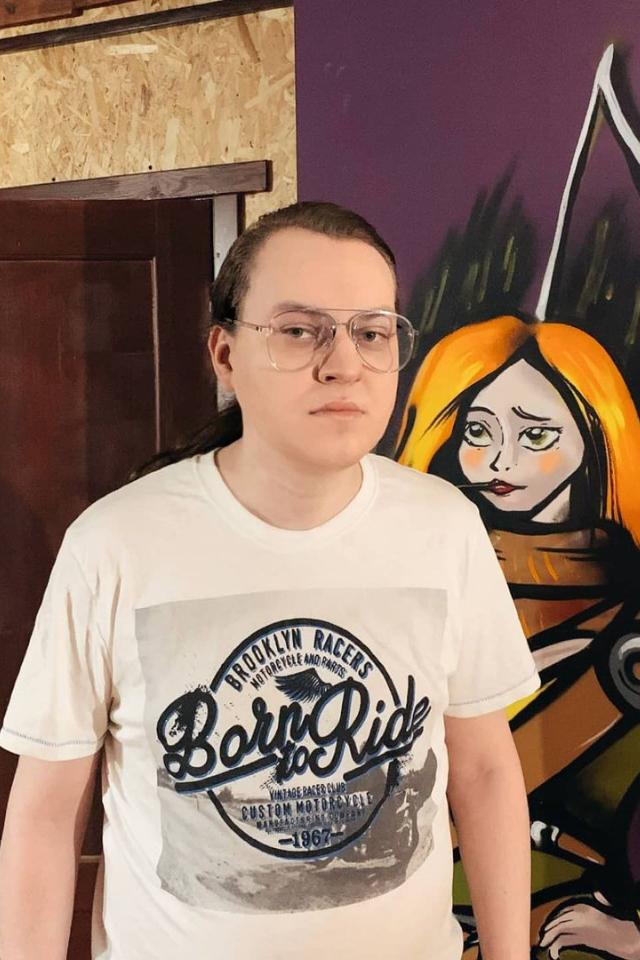 Блогеру Юрию Хованскому продлили срок содержания вСИЗО намесяц