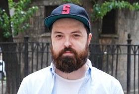 Внешний вид (Петербург): Антон Фадеев, сотрудник Kixbox
