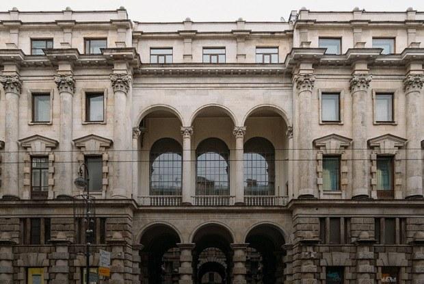 «Я живу в доме эмира Бухарского» (Петербург)