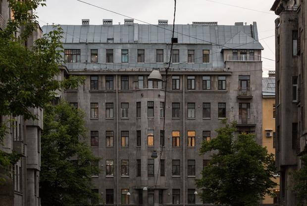 Яживу вдоме Бассейного товарищества (Петербург)