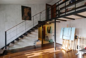 Двухуровневая квартира наПетроградской