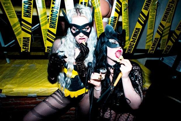 Сквирт шампанского: «Как я сходил натрехлетие Kinky Party»