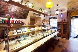Все свои: Вегетарианское кафе наКазанской улице