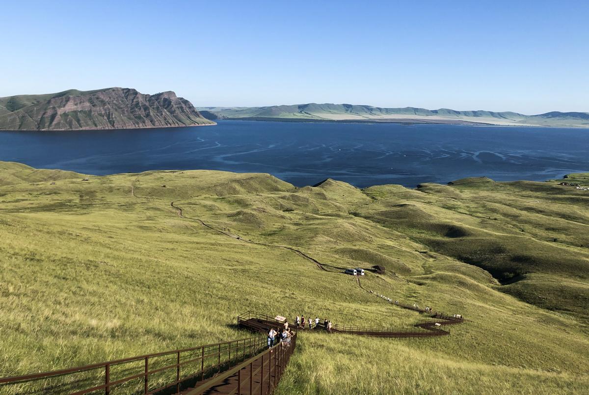 Степи, курганы ишаманы: Зачем лететь вХакасию