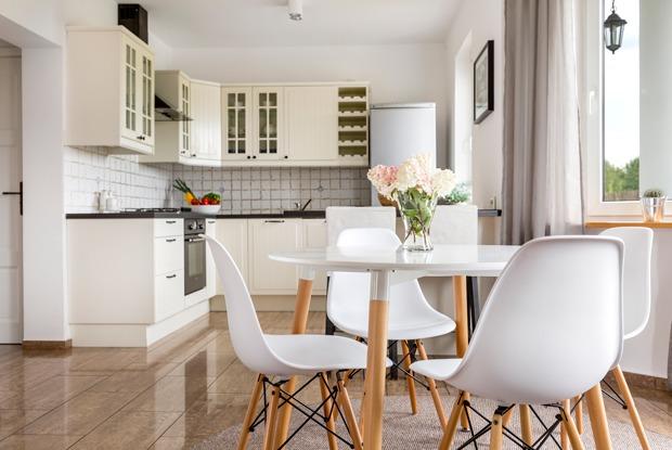 Перепланировка на кухне: Нельзя иможно