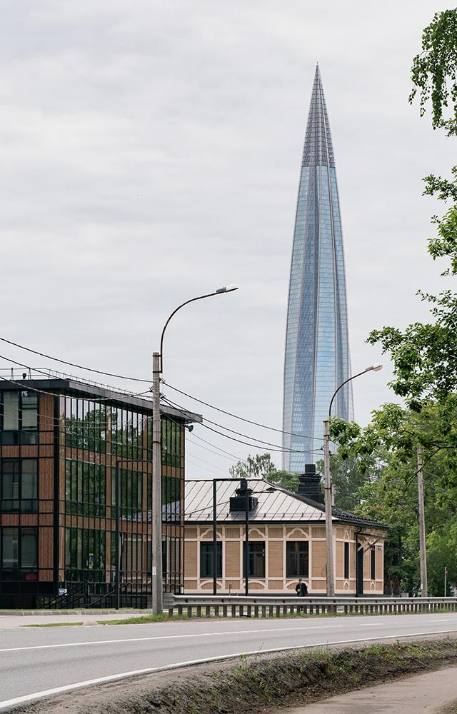 Старые и новые дома (а также один небоскреб): Гуляем по Лахте