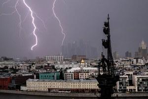 «Крышеснос»: фото суперливня вМоскве