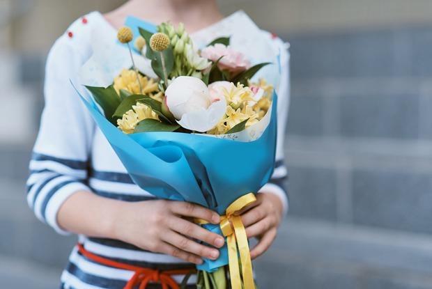 Учителя — отом, почему цветы наДень знаний ненужны