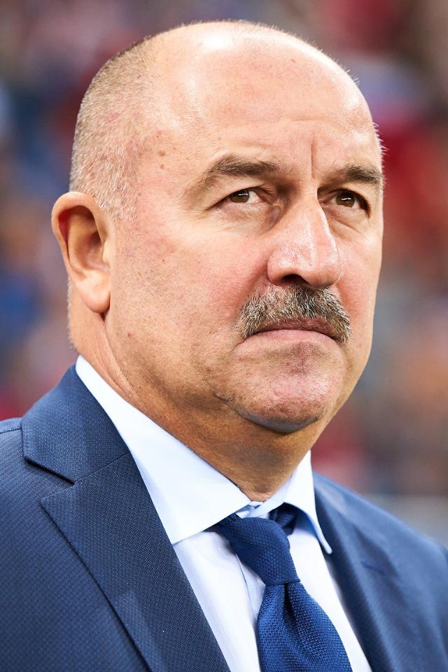 Станислава Черчесова уволили споста главного тренера сборной России по футболу
