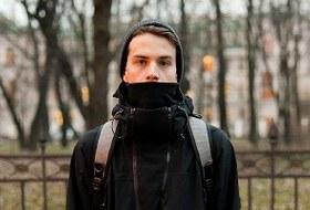 Внешний вид: Олег Акбаров, байер магазина Mint идизайнер Circle of Unity