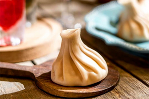Грузинский ресторан «Хочу Пури» вДоме Печати иоткрытие школы сомелье вЕкатеринбурге