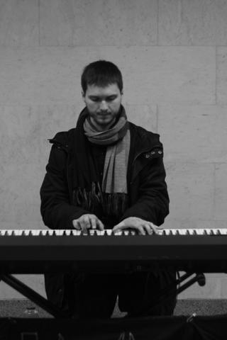 Настанции метро «Нижегородская» будет играть фортепианная музыка