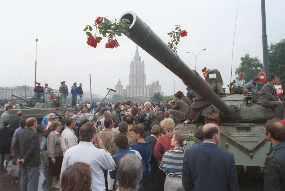 Что читать исмотреть оГКЧП иразвале СССР