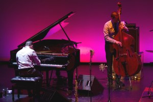 Как начать разбираться всовременной академической музыке