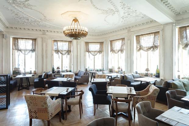 18 новых кафе, баров и ресторанов апреля (Петербург)