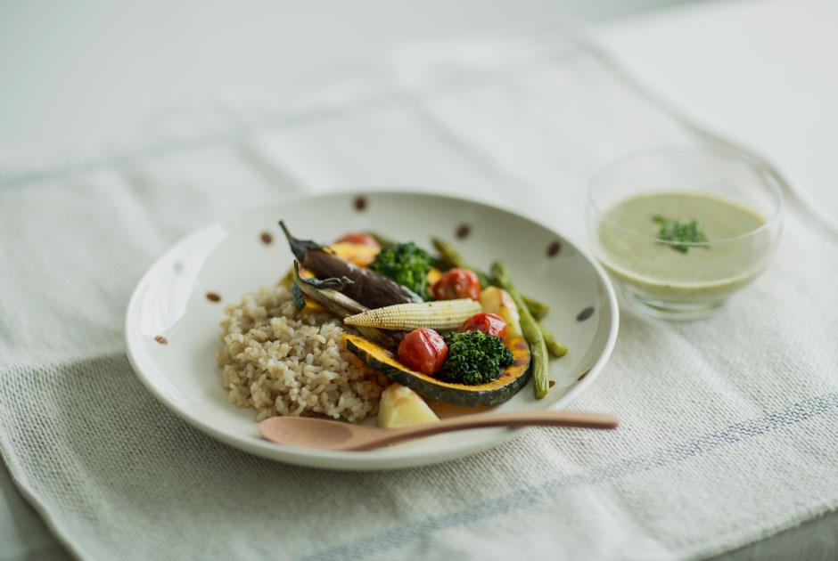 «Бабушка каждый раз предлагает куриный суп»: Веганы ивегетарианцы— опраздничных блюдах иНовом годе безоливье