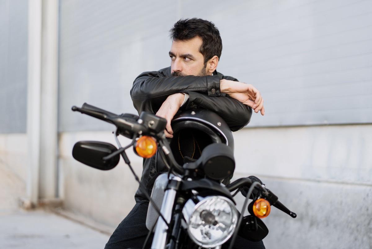 От классика до турэндуро: Каквыбрать свой первый мотоцикл