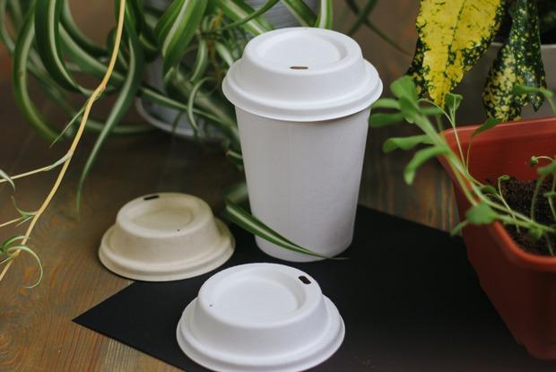 В Москве появились экологичные крышечки для кофе навынос. Таклиони хороши?