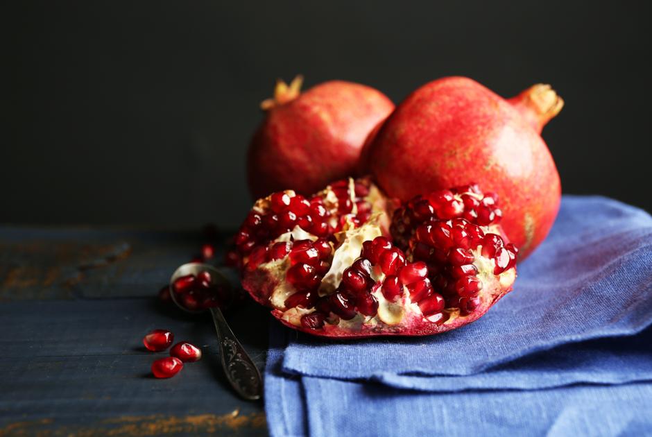 Ищем лучшие продукты кновогоднему столу: Что покупать нарынках вдекабре