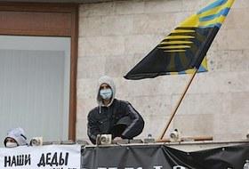 Между молотом и наковальней: Предприниматели Восточной Украины о надеждах и страхах