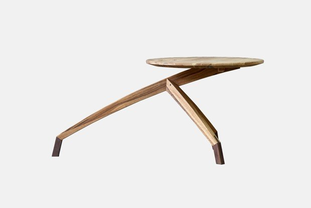 Светильник «Юпитер», стол «Каньон» итабуретки измикробетона: Чтоискать навыставке Wood Works