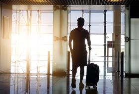 Безопасный отдых впандемию: Куда сейчас улететь изЕкатеринбурга ичтоучесть передпоездкой