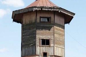 Как сделать жилой дом изводонапорной башни