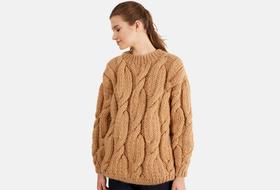 Что носить осенью: свитеры, платья ивсе остальное