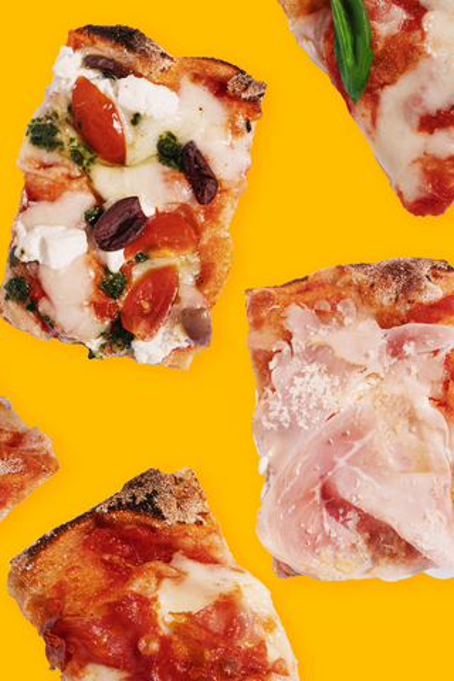 Пиццерии Maestrello— четыре года! Вчесть этого гостей ждут скидки, новая пицца исвечки вдесертах