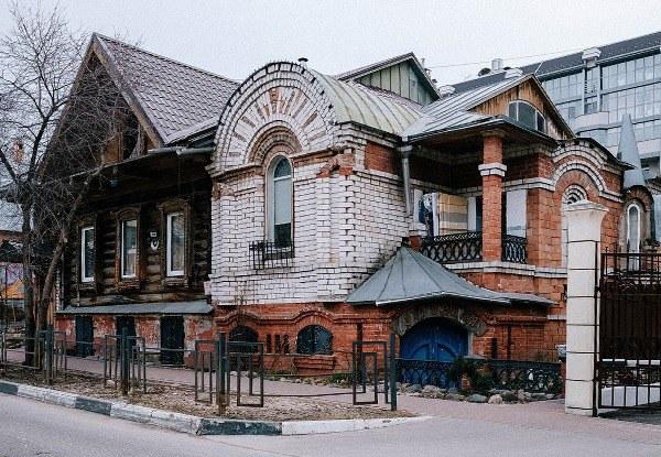 Я живу в мещанском доме XIX века