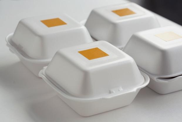 Петербургский общепит решил поддержать врачей — рестораторы возят еду в больницы